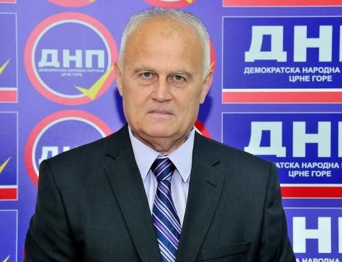 Pejović: Ko iz opozicije pomaže Milu