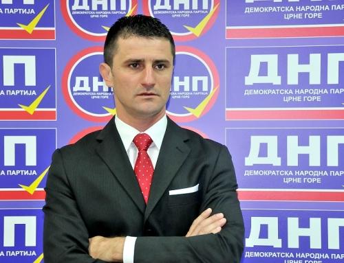 Zogović: Vašarski premijer Sinđelićeve vlade ne može suditi o murinskoj Skupštini