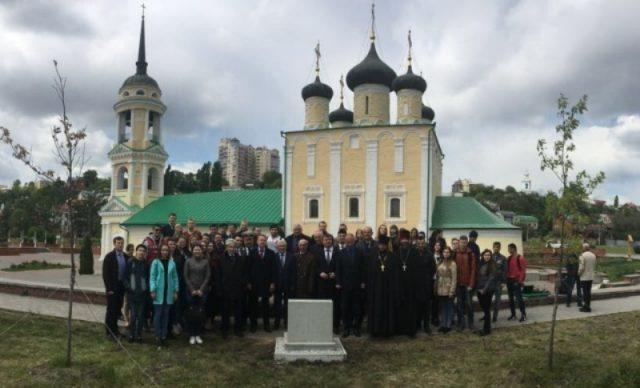Knežević u Voronježu otkrio spomen-ploču admiralu Zmajeviću (VIDEO)